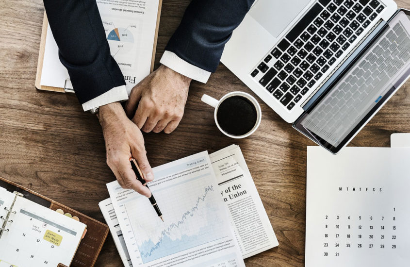 6 Ways Business Could Improve Through Expense Management When on A Tight Budget