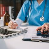 7 Reasons Why Hiring a Medical Billing Company is Better than In-House Staff